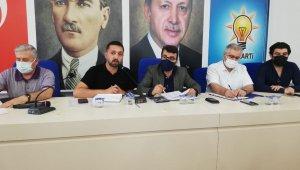 AK Parti Batman İl Başkan Gür mahalle başkanları ile bir araya geldi
