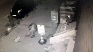Arnavutköy'de merdivenden düşen adam ağır yaralandı