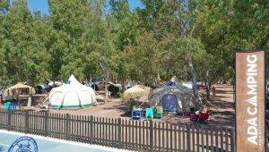 """Aydın'da alternatif turizmde yeni rota: """"Ada Camping"""""""