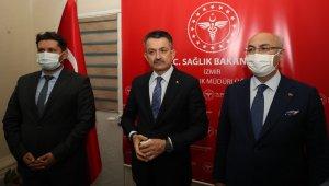 Bakan Pakdemirli, İzmir'de İl Sağlık Müdürlüğünü ziyaret etti