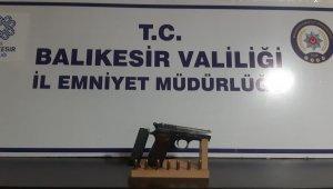 Balıkesir'de polisten 30 şahsa gözaltı
