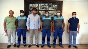 Belediye Başkanı Karaca, gönlü güzel temizlik işçilerini ödüllendirdi