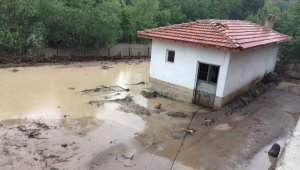 Boğazkale'yi yağış vurdu, tarım arazileri sular altında kaldı
