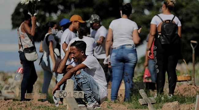 Brezilya'da Covid-19 ölümleri 500 bine yaklaştı