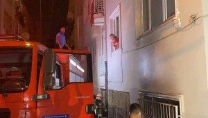 Bursa'da 6 katlı apartmanda çıkan yangında 3 kişi dumandan etkilendi - Bursa Haberleri