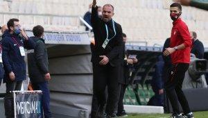 Bursaspor Teknik Direktörü Mustafa Er, bu sezon bir ilk yaşayabilir - Bursa Haberleri