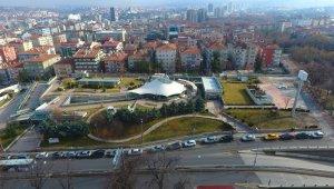 Çankaya'daki 19 Mayıs Gençlik Merkezi'nin inşaat çalışmaları devam ediyor