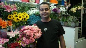 Düğün yasaklarının kalkması ile çiçekçilerde işler hızlandı