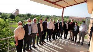 Genel Sekreter Çelikel, belediye meclis üyeleriyle bir araya geldi
