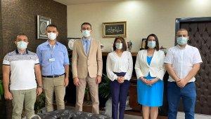 İl Sağlık Müdürü Ceviz, iki hastanenin iletişim ekiplerine teşekkür belgesi verdi