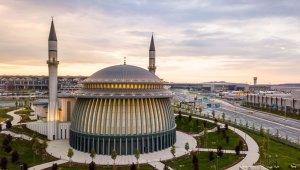 İstanbul Havalimanı'ndaki camiye 'altın' sertifika
