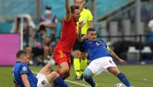 İtalya EURO 2020'de tur atladı