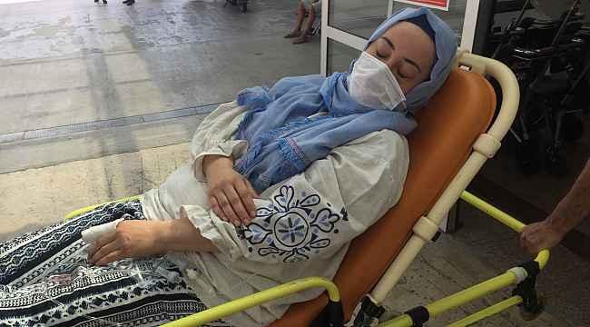 İYİ Partili meclis üyesi, kendisinden boşanan eşini mahkeme çıkışı bıçakladı