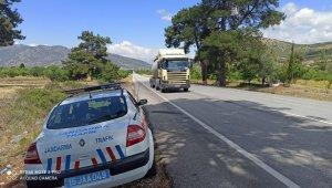 Jandarmadan 123 araç sürücüsüne 63 bin 562 TL ceza