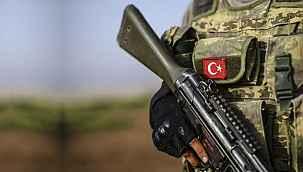 Kahraman Mehmetçiğimiz silah kazası sonucu şehit düştü