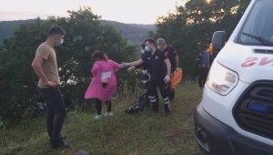 Aracıyla uçurumdan yuvarlandı, gazetecilere saldırdı!