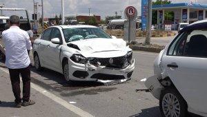 Kırıkkale'de feci kaza: 2'si çocuk 6 yaralı