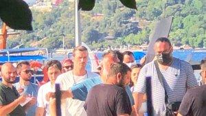 Kıvanç Tatlıtuğ Bodrum'da kamera karşısına geçti