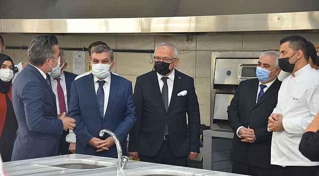 KMÜ'ye yeni bir uygulama mutfağı daha açıldı