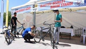 Konya'da bisiklet tamir ve bakım istasyonları ilgi görüyor