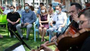 Manisa Ruh Sağlığı personeline moral konseri