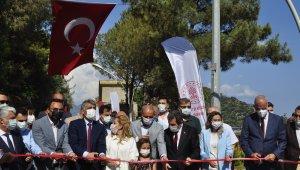 Marmaris'te beş yıldızlı otel konforundaki halk plajı açıldı