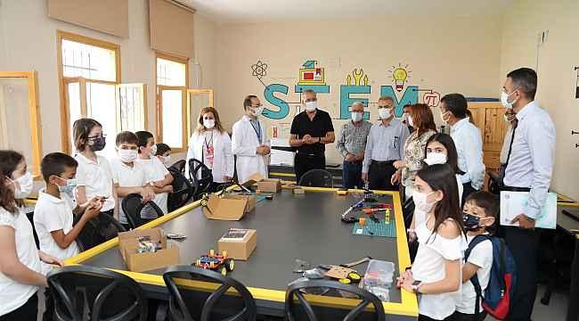 Mezitli'de Bilim Köyü öğrencilere kapılarını açtı