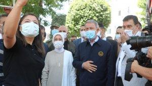 Milli Savunma Bakanı Akar'a Malatya'da sevgi seli