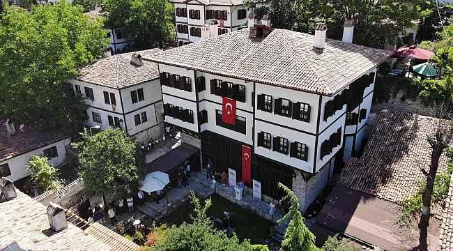 Osmanlı'nın yaşama biçimini yansıtan Kaymakamlar Evi'nin restorasyonu tamamlanarak hizmete açıldı