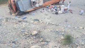 Pakistan'da otobüs kazasında ölü sayısı 20'ye yükseldi