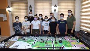 Payas Stem Robotik Takımı finale katılmaya yazdırdı