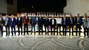 Sağlıklı Kentler Birliği Başkanı Aktaş ve meclis üyeleri, Yeşilyurt lezzet caddesindeki müzeleri gezdi