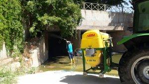 Şanlıurfa'da sinek ve haşerelerle kesintisiz mücadele sürüyor
