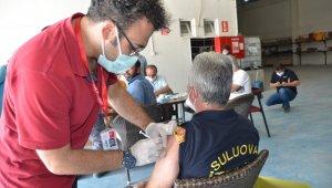 Suluova Belediyesi personeli korona virüs aşısı oldu