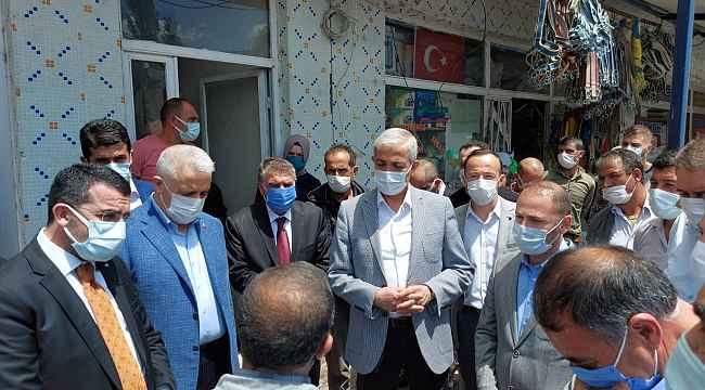 Susuzlular AK Parti milletvekillerini bağrına bastı