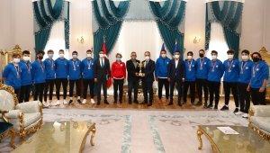 Tarih yazan sporculardan Başkan Aktaş'a ziyaret - Bursa Haberleri
