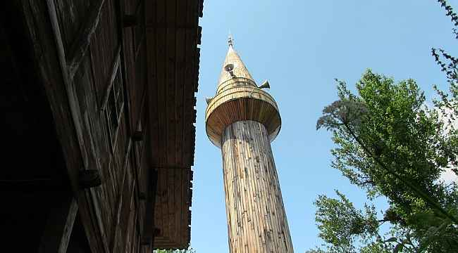 Tarihi cami minaresine 171 yıl sonra kavuştu