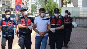 Terör örgütü PKK propagandası yapan 3 kişi adliyeye sevk edildi