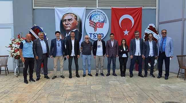 TSYD Trabzon Şubesi'ne ilk ziyaret Mustafa Hacıkerimoğlu'ndan