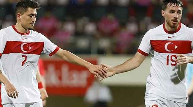 Türkiye'den iki futbolcu EURO 2020'de izlenmesi gereken 20 genç listesinde yer aldı