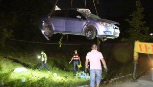 Uyuşturucu etkisinde araç kullanarak 5 kişilik aileyi yok eden sürücüye 16 yıl hapis