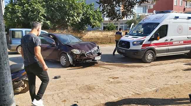 Virajı alamayan kadın sürücü duvara çarptı - Bursa Haberleri