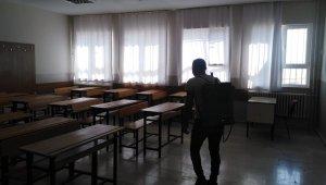Viranşehir'de YKS öncesi okullar dezenfekte edildi