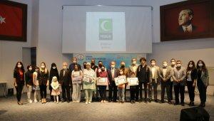 Yarışmada dereceye giren öğrenciler ödüllendirildi