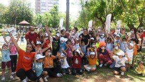 Yenişehir Belediyesi, çocukların karne mutluluğuna ortak oldu