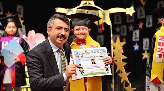 Yıldırımlı miniklerin mezuniyet heyecanı - Bursa Haberleri