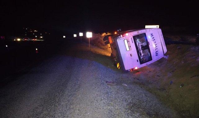 Malatya'da düğün yolunda kaza: 12 yaralı