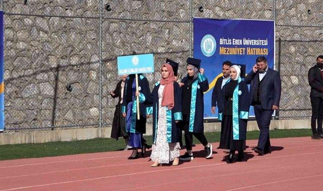 Bitlis Eren Üniversitesinde pandemiden sonra ilk mezuniyet