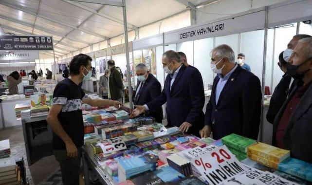 Gemlik'te Kitap Fuarı başladı - Bursa Haberleri