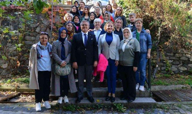 Kadın derneklerine geri dönüşüm eğitimi - Bursa Haberleri